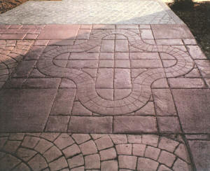 "Stamped Concrete Driveway - California Weave with 4"" Tile 1/4 Circle"